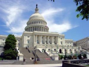 Le Congrès américain, où se rassemblent les représentants et les sénateurs, lieu du deal de la dernière chance avant la chute dans le précipice.