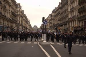 J'ai eu un peu de mal à savoir si les gars en uniforme étaient des manifestants ou non.