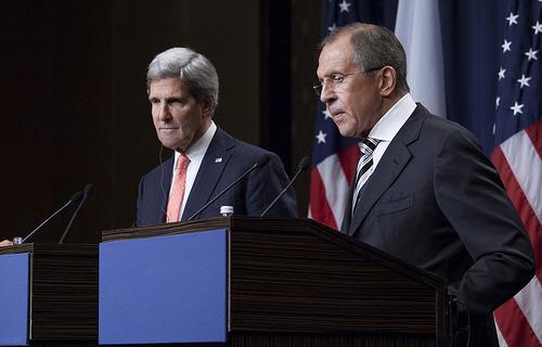"""""""Aucune nation n'était présente lors de la signature de l'accord de Genève entre russes et américains."""" (Photo: US MIssion Geneva - Licence CC)"""