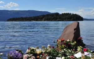Après avoir fait explosé une bombe dans le centre d'Oslo, Anders Behring Breivik s'était rendu sur l'île d'Utoya, où il a tué 77 jeunes travaillistes.Crédit photo : Licence CC Paal Sorensen
