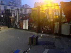 Le lycée Auguste Blanqui à Saint Ouen, comme une vingtaine de lycées parisiens, était bloqué vendredi