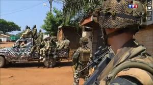 Provocation des ex-Séléka paradant sur le lieu de leur crime devant les troupes françaises.