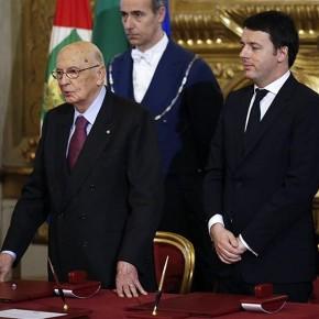 L'éco de la semaine : baisse d'impôts en Italie contre gel des pensions en France