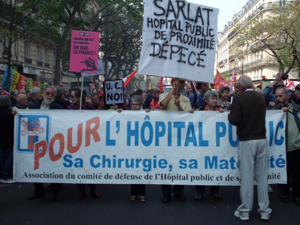 Des associations et syndicats divers présents à la manifestation