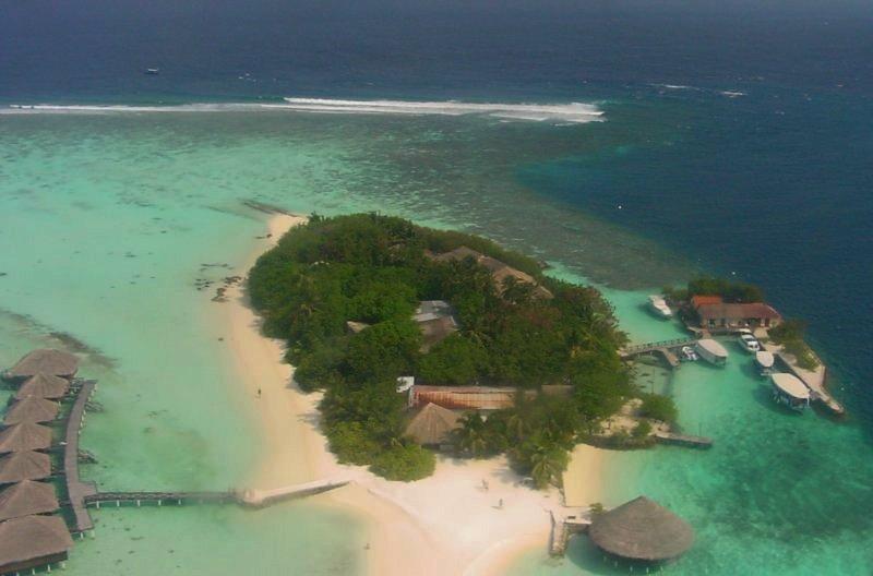 Un lagon touristique avec ses maisons sur Pilotis.Auteur: Patrick Verdier, Free On Line Photos.
