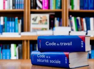 Le code du travail français pèse aujourd'hui 1450 grammes contre 500 en 1978