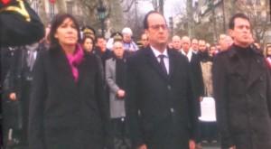 François Hollande, Manuel Valls et Anne Hidalgo durant la minute de silence