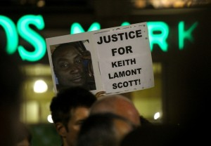Manifestation après la mort de Keith Lamont Scott à Charlotte - by Phil (Flickr) Copyright