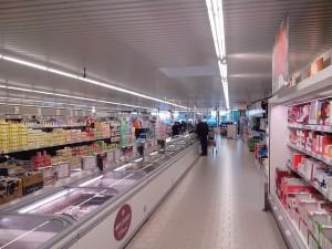 Supermarché discount à Arvert - par Cobber17 (Wikimédia commons)