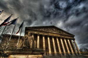 L'Assemblée Nationale ; CC kimdokhac (Wikimedia Commons)