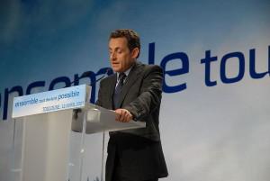 Nicolas Sarkozy en meeting en 2007 - Crédits : Guillaume Paumier (Wikimédia Commons)